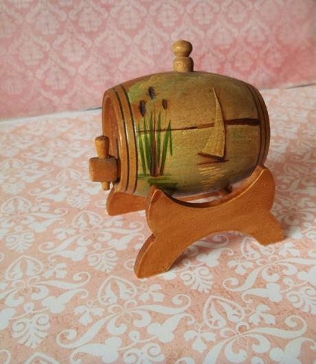 drevený sud-dekorácia,