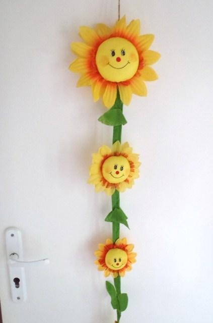 girlanda na dvere-slnečnice,
