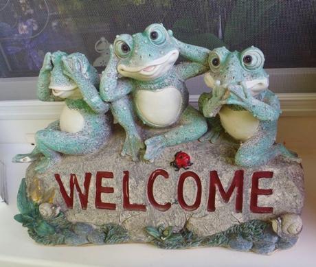 keramická dekorácia-welcome-žabky,