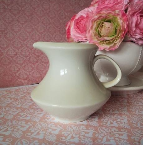 keramická mliečenka-nádoba na mlieko,
