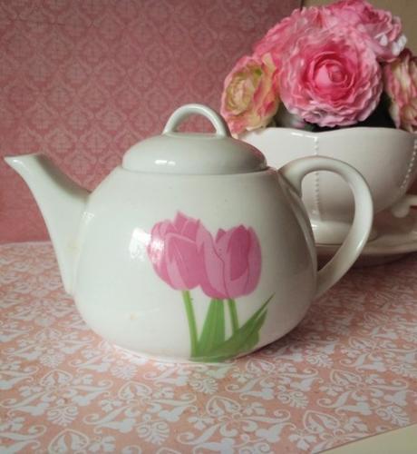 keramický čajník,