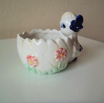 keramický kvetináčik-šperkovnička-kačička,