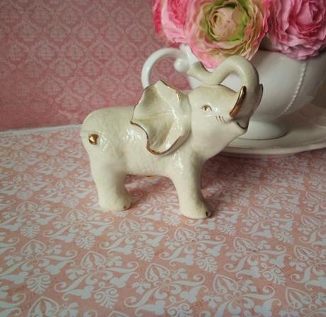 keramický sloník,