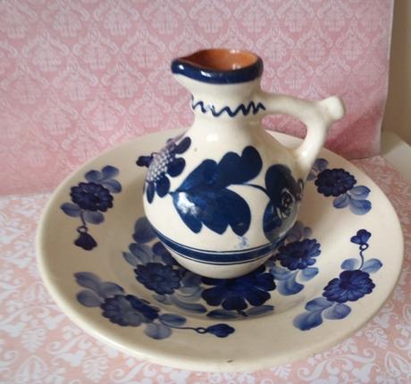 keramický tanier s džbánikom po babičke,