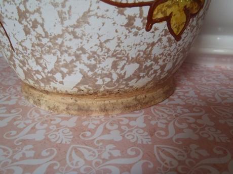 maľovaný keramický kvetináč,