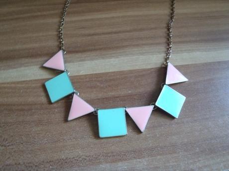 náhrdelník,
