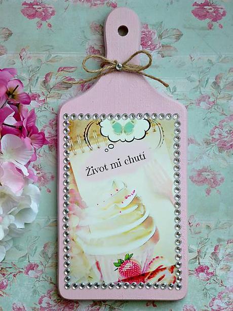 ružový drevený lopárik-dekorácia,