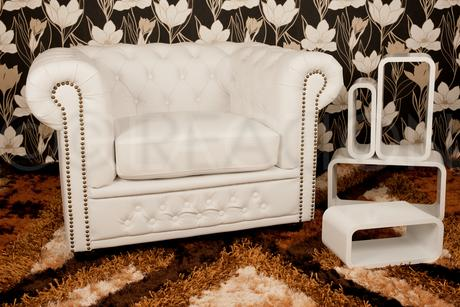 Chesterfield white,