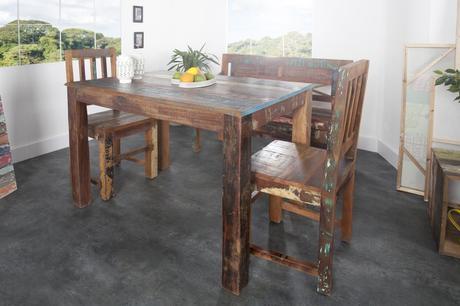 Jedálenský stôl Jatakar,
