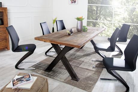 Jedálenský stôl New Castle,