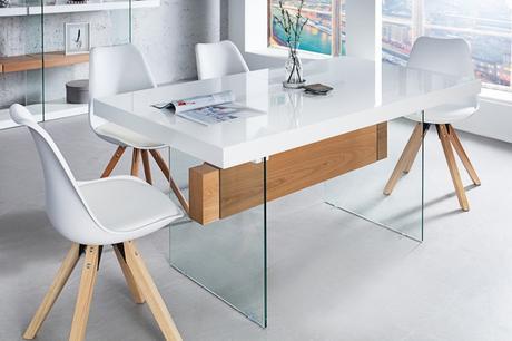 Jedálenský stôl Onyx,