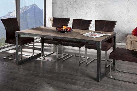 Jedálenský stôl Real Steel,
