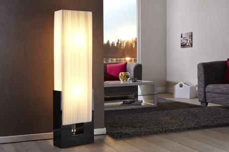 Stojanová lampa Liana,