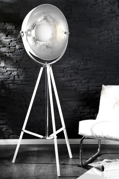 Stojanová lampa Studio white,