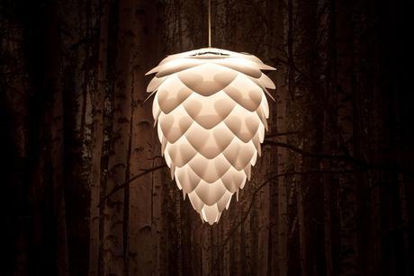 Závesná lampa Conia,