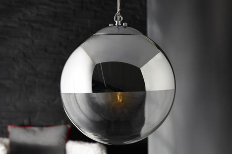 Závesná lampa Global,