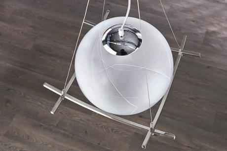 Závesná lampa Globe,