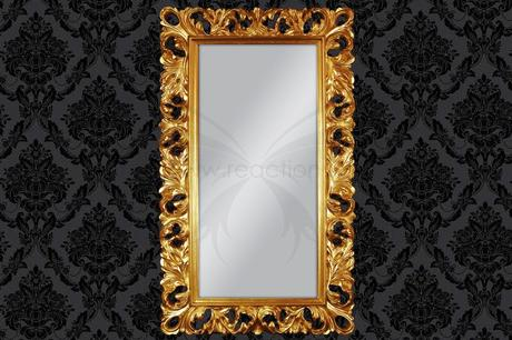 Zrkadlo Middle,