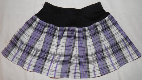 147 dievčenská suknička, 104