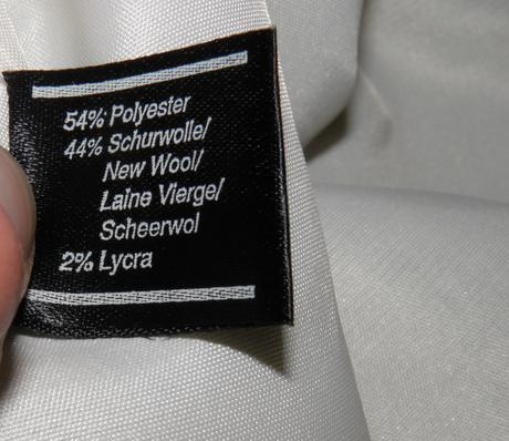 707o damsky sukňovy kostym, 44