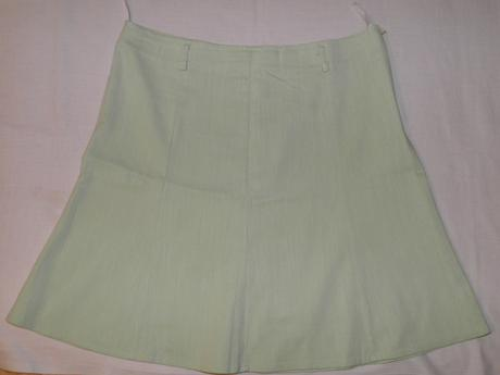 84 dámska elastická sukňa, 42