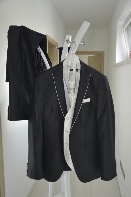 svadobný pánsky oblek zn. lucciano rivieri, 52