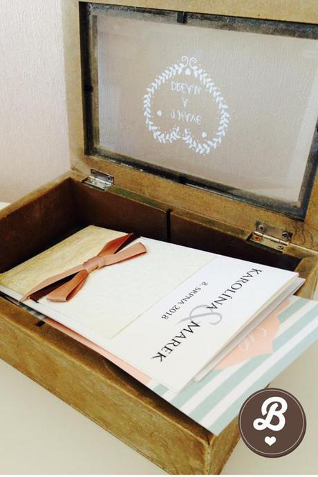 Krabička na přáníčka menší,