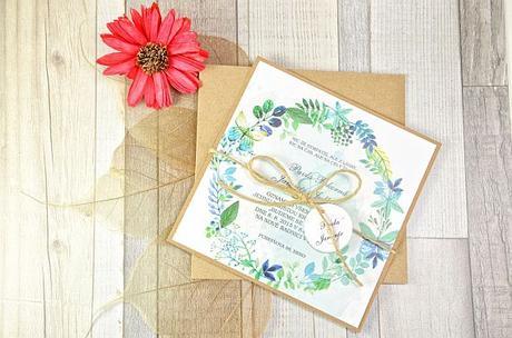 Moderní svatební oznámení s motivy květů,