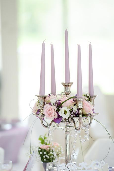 Stříbrný dekorační svícen,