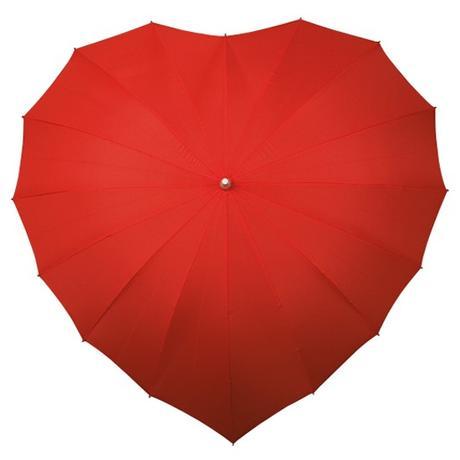 Svatební deštník ve tvaru srdce,