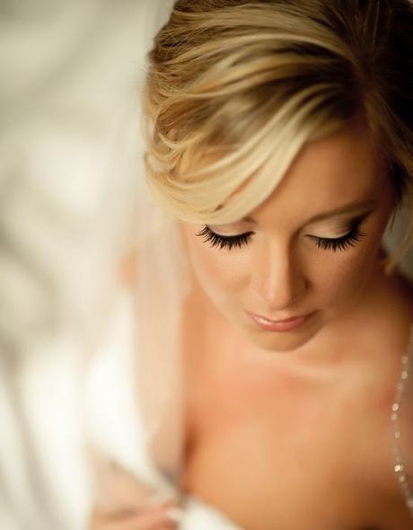 Svatební líčení a účes včetně zkoušky,