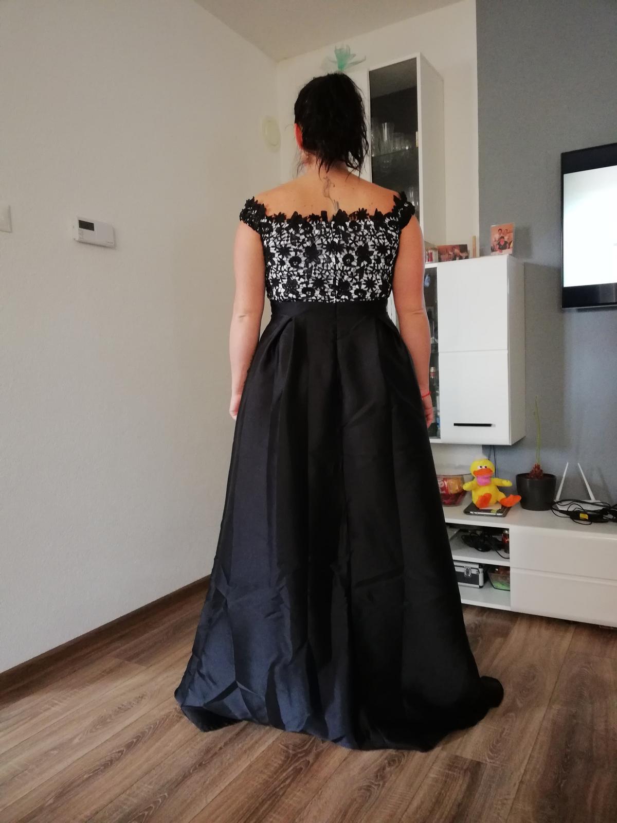 04ce3106406c Spoločenské šaty