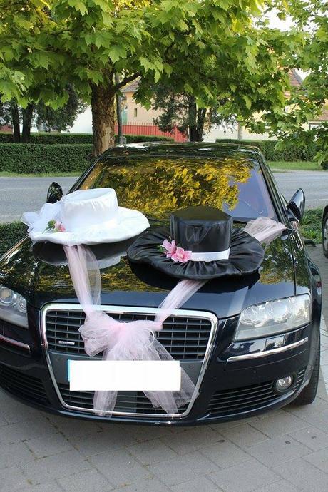 Originálne svadobné klobúky na auto,