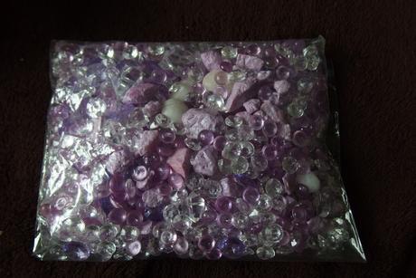 dekorativní kamínky,