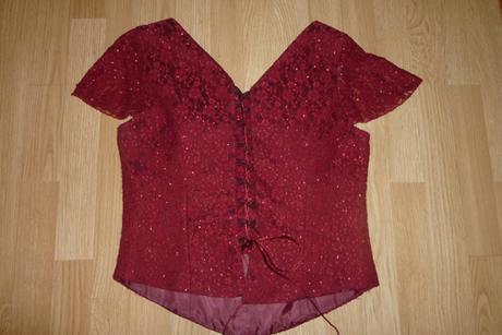Bordové spoločenské šaty, 48