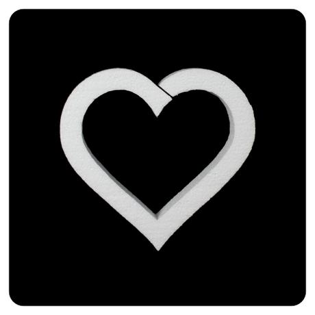 Polystyrénové srdce 18x17 cm (1),
