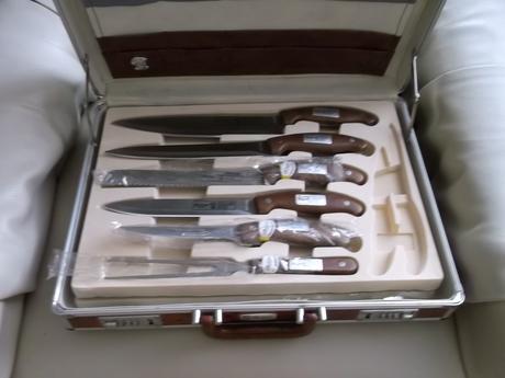 Súprava nožov,