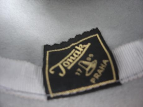 Dámsky klobúk-zn.Tonak, 38
