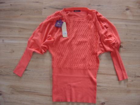 Krátke šaty s visačkou -veľ. M/L, M