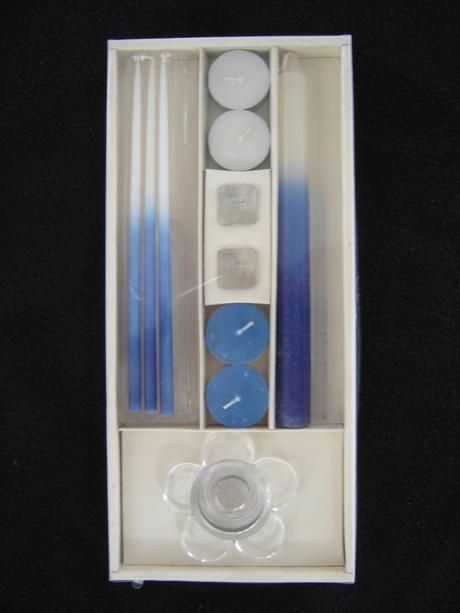 Modro-biele dekoračné sviečky 8ks + svietniky 3ks,