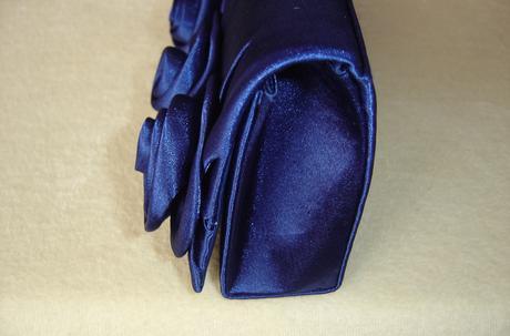 Nenosená spoločenská kabelka do ruky aj na rameno, M