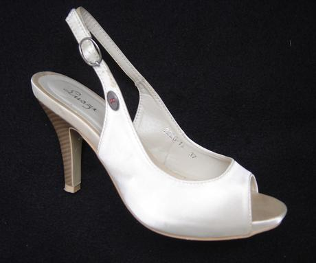 Spoločenské sandále-obuté 1x, 37