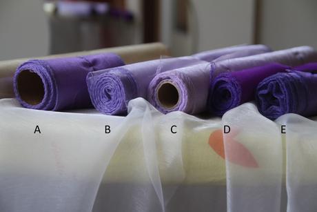 fialové organzy z naší svatby ,