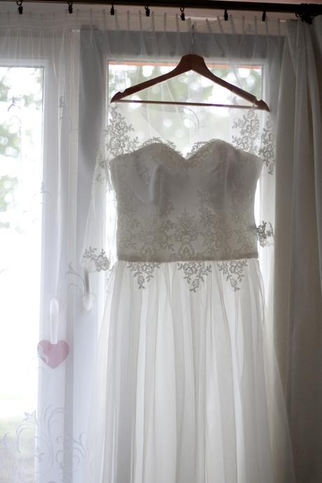 Romantické šaty s rukávem, 42