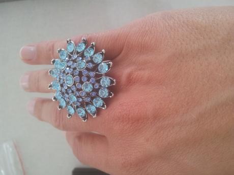 štýlový prsteň,
