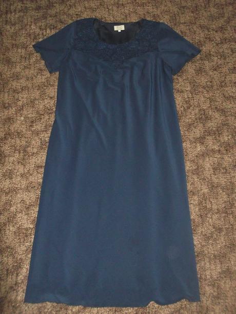 šaty s bolerom, 52