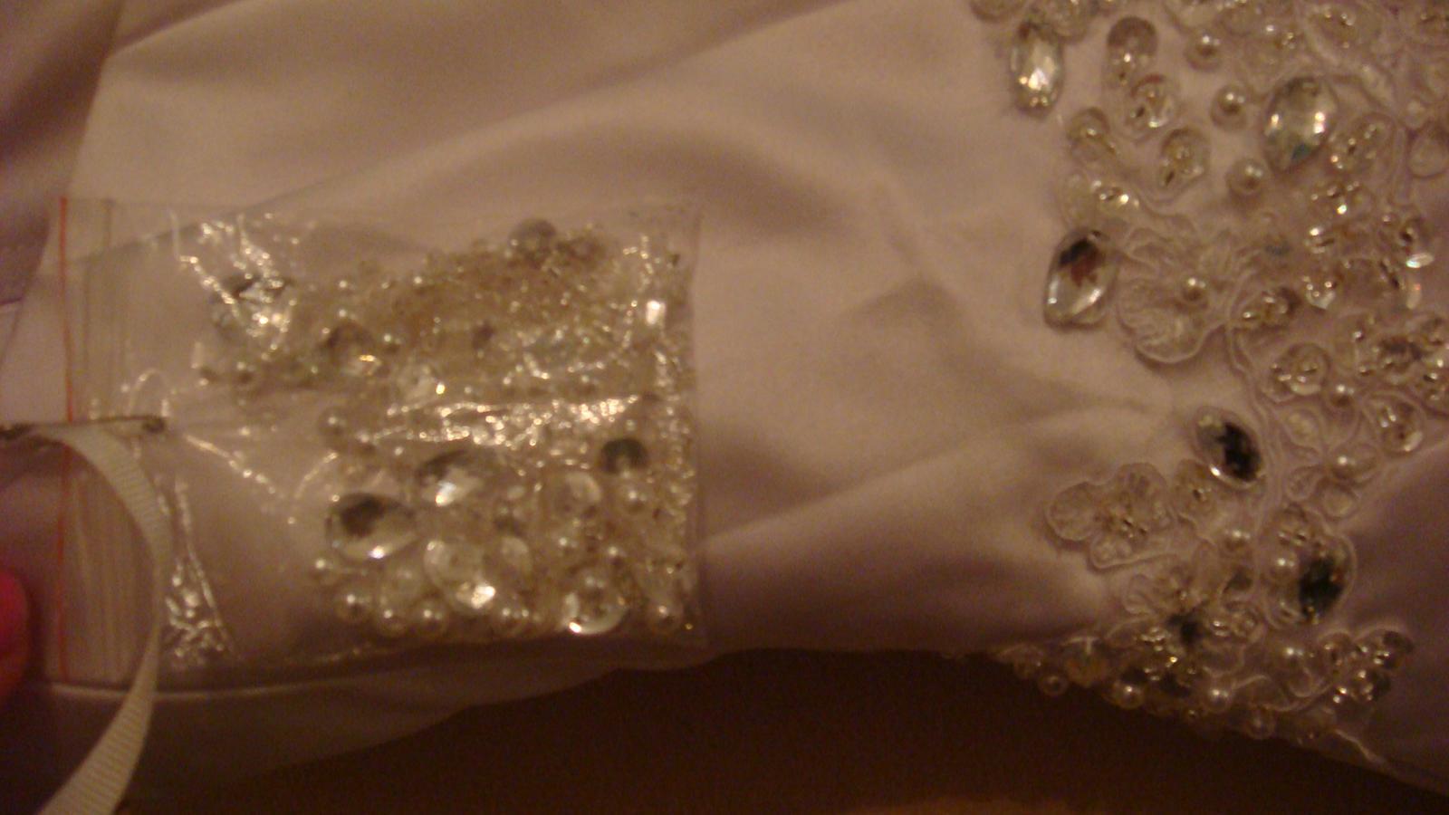 Satenové šaty -skladom c57ba9a6e45