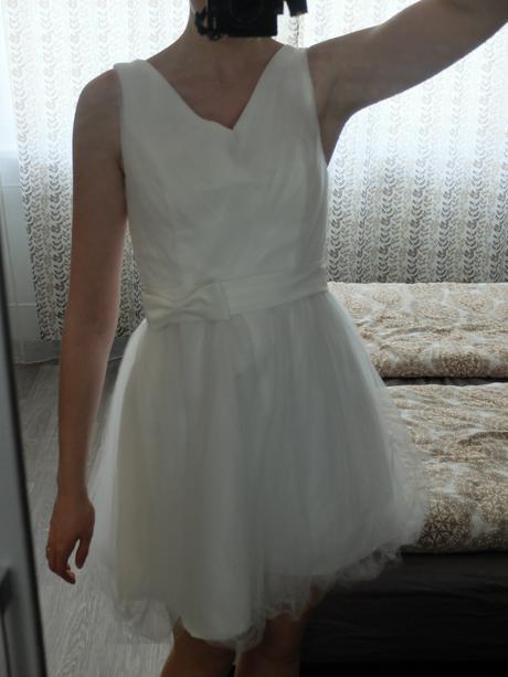 Popůlnoční šaty, 36