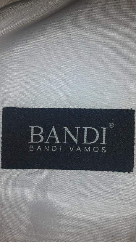 svatební oblek Bandi Vamos, 56