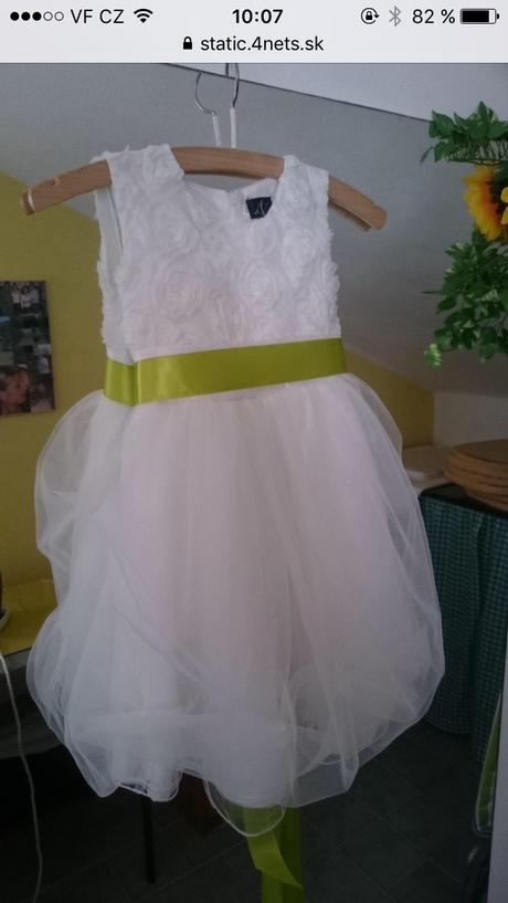 Bílé šaty pro družičku velikost 104/110, 104
